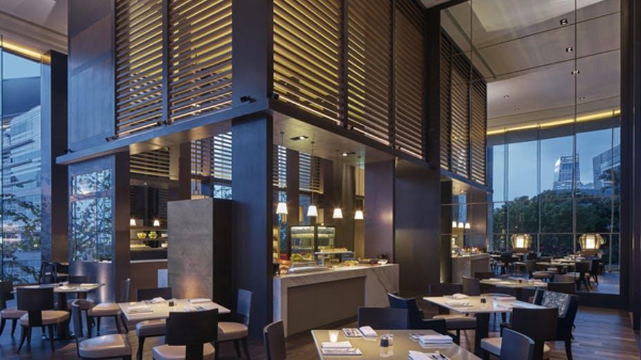 Grand Café - Grand Hyatt Hong Kong